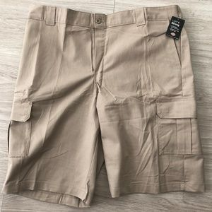 Dickies Cargo Short Relaxed Fit Beige Sz 42